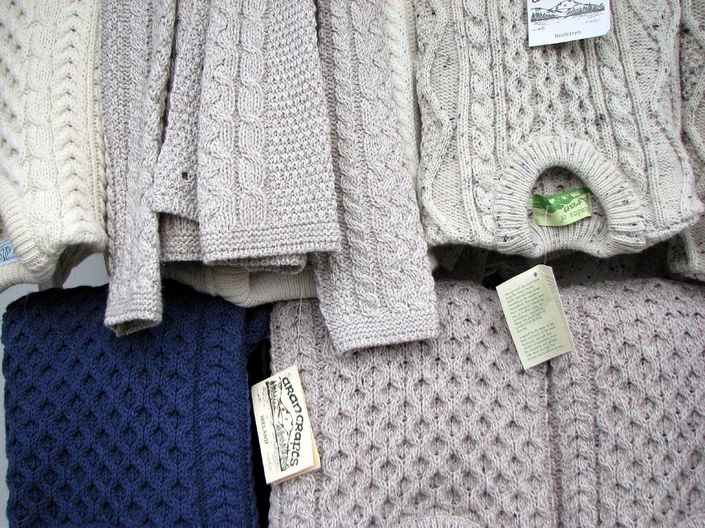 Knitting Websites Ireland : Choosing an aran sweater