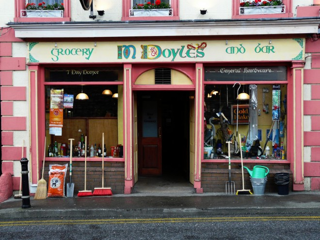 Doyle's Bar and Grocery