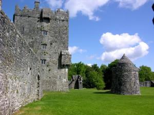 Aughnanure Castle, by keertmoed