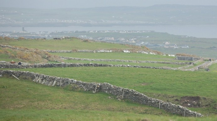 Stone walls, Dingle